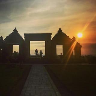 Plesiran Borobudur-Prambanan dari Panusupan Pejawaran